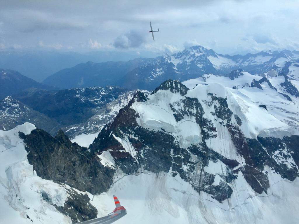 Bild 06: Thermikkreisen über der Berninagruppe